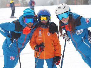 Členovia ZSL - rodina lyžiarov